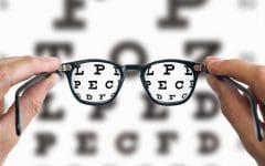 Presbiopia – O que é, Causas, Sintomas e Tratamentos