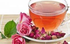 Os 10 Benefícios do Chá de Rosas Para Saúde!