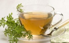 Os 10 Benefícios do Chá de Arruda Para Saúde