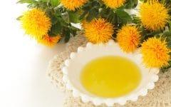 Os 10 Benefícios do Óleo de Cártamo Para Saúde
