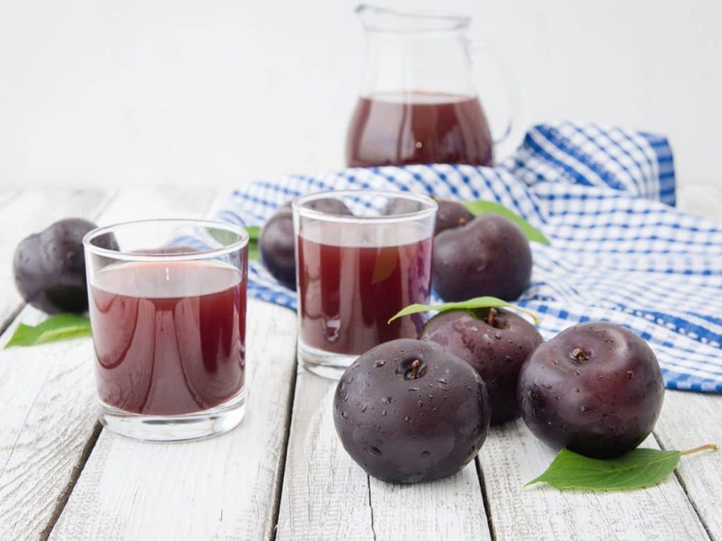 12 Benefícios do Suco de Ameixa – Para que Serve e Propriedades do Suco de Ameixa!
