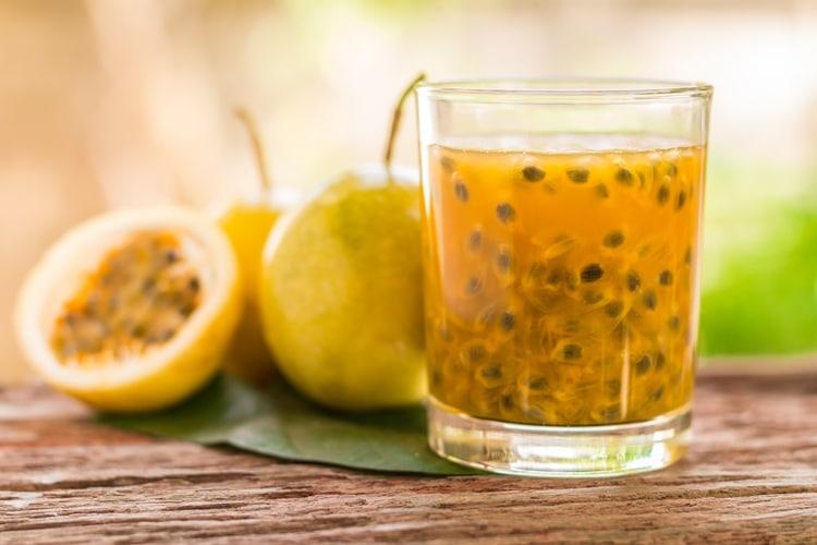 10 Benefícios do Suco de Maracujá – Para que Serve e Propriedades do Suco de Maracujá!
