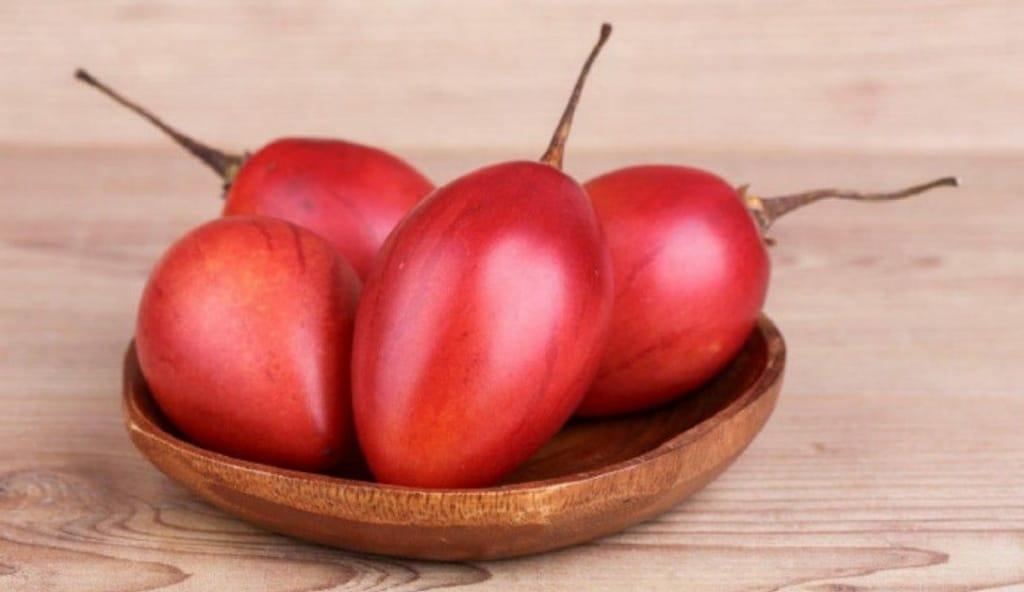 Os 15 Benefícios do Tomate Japonês Para Saúde