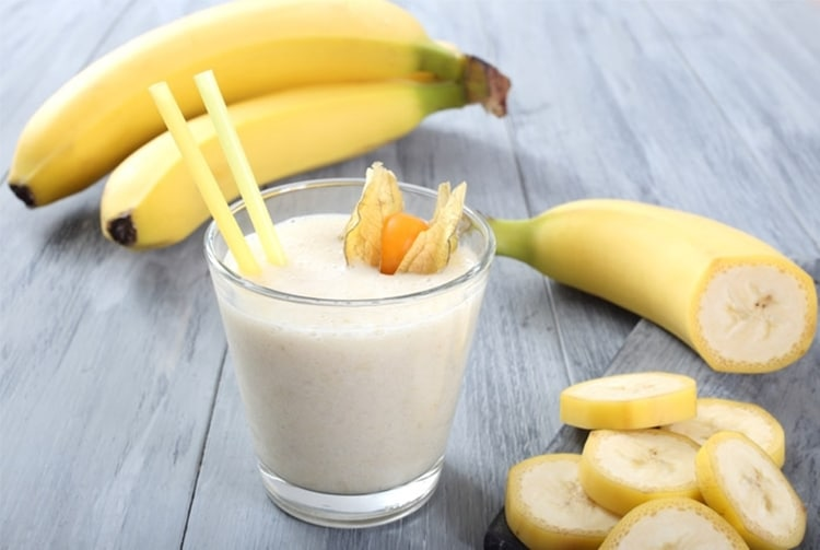 Os 10 Benefícios da Vitamina de Banana Para Saúde