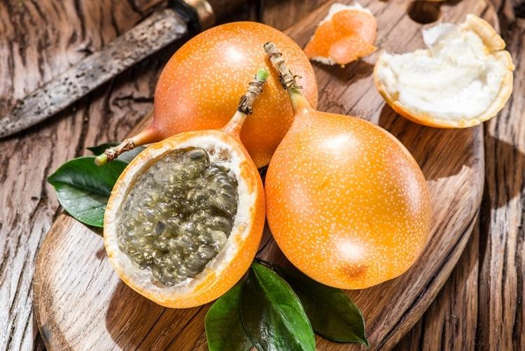Os 10 Benefícios da Vitamina de Granadilha Para Saúde