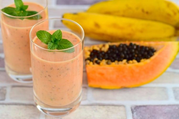 Os 10 Benefícios da Vitamina de Mamão Para Saúde