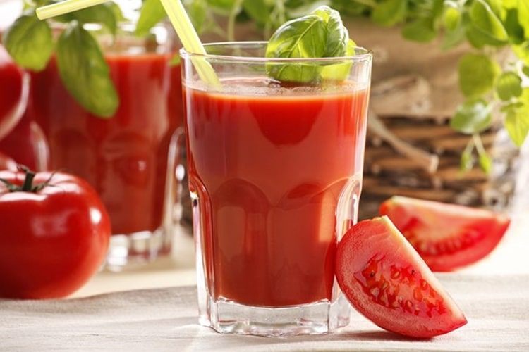 vitamina de tomate