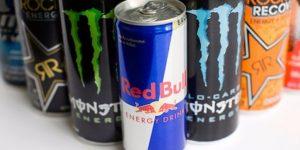 As 8 Coisas que Acontecem com Seu Corpo Quando Você Bebe Bebidas Energéticas