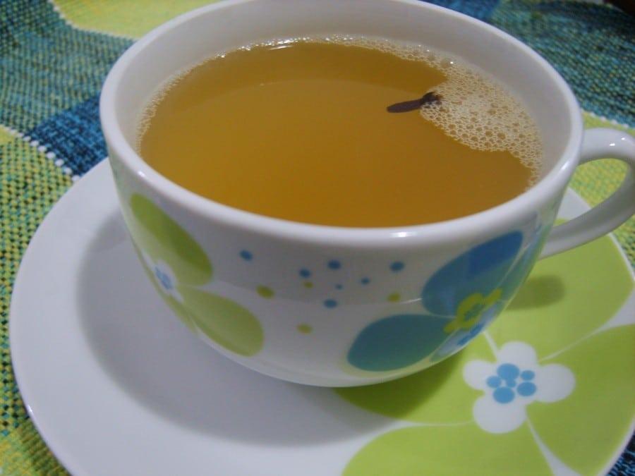Como Tratar a Acne Rapidamente Usando Chá Verde