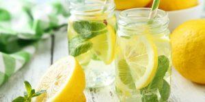 beneficios da agua de limao