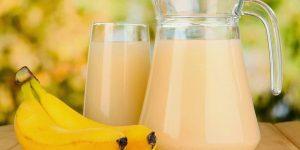 beneficios do suco de banana